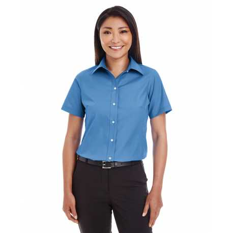 Devon & Jones D620SW Ladies' Crown Collection Solid Broadcloth Short-Sleeve Shirt