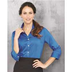 Van Heusen 13V0527 Women's Three-Quarter Sleeve Baby Twill Shirt