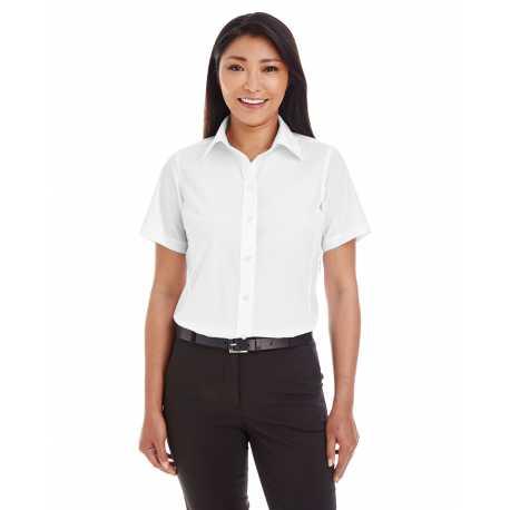 Devon & Jones D620SW Ladies' Crown Collection Solid Broadcloth Short-Sleeve Shirt